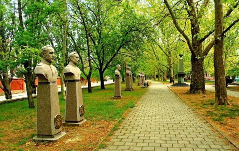 Мемориальный комплекс Аллея героев Феодосия