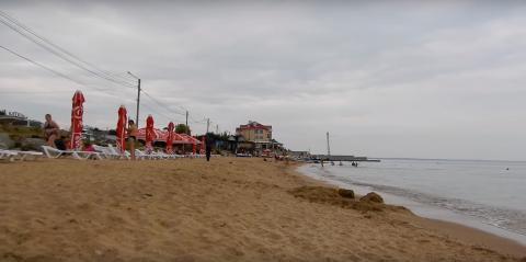 Пляж у Приморского дворика Феодосия